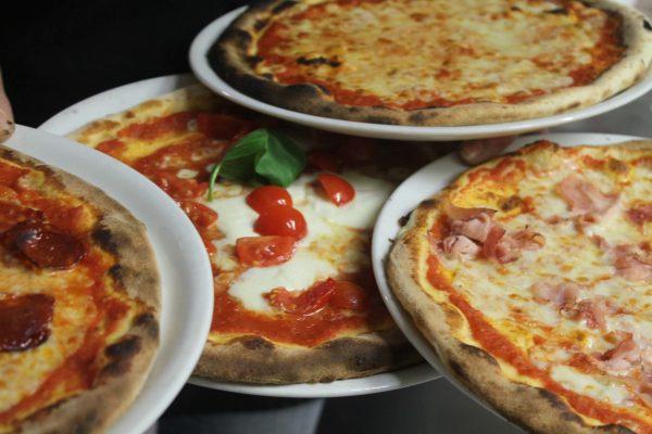 Il Ristorante Pizzeria Online a Parma: Luna Blu! Ordini e Ricevi!