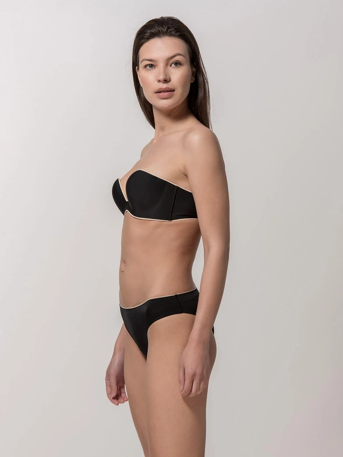 Miracle One 1810 strapless & 2808 brief black side