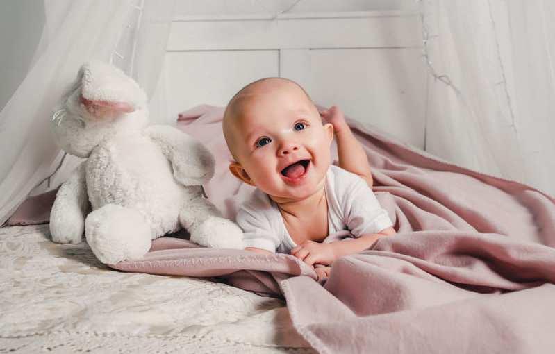 Cuáles son las mejores sábanas de cuna para mi bebé