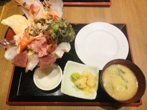 魚菜屋 能登の美食丼