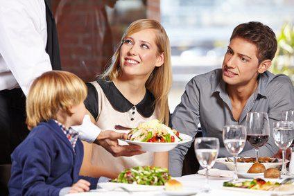 ארוחה במסעדה