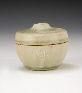Small jar, 5cm, Hawthorn ash glaze
