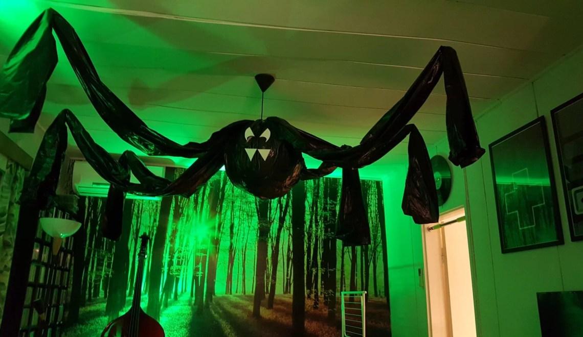 Halloween spindel