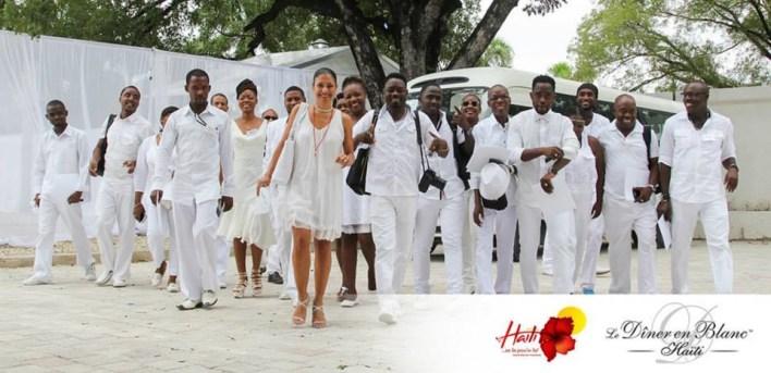 Picture courtesy of Diner en Blanc, Haiti.