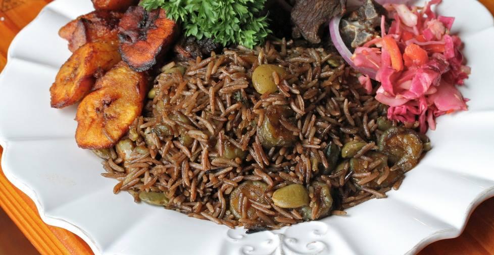 Recipe diri djon djon ak kribich black mushroom rice for Alaska fish and chicken menu