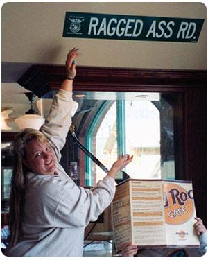 Hard Rock Cafe - Ragged Ass Road
