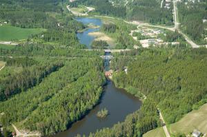 Hiitolanjoki vapautuu vaellusesteistä