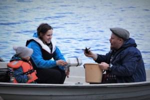 Lyhytaikaiset kalastusluvat kasvattaneet suosiotaan