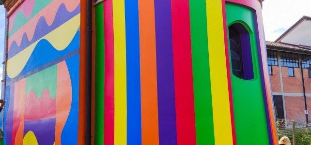 Cappella del Barolo a La Morra: colori nelle Langhe