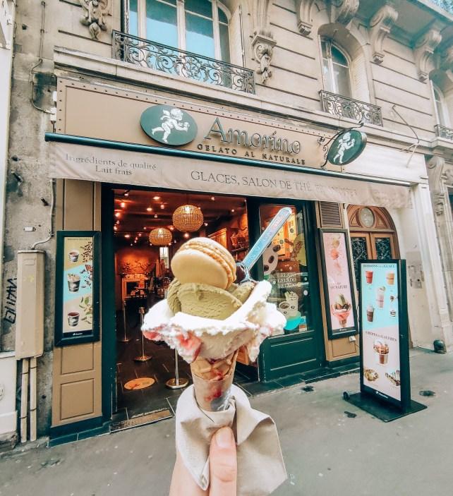 Itinerario a Montmartre, Rue des Abbesses