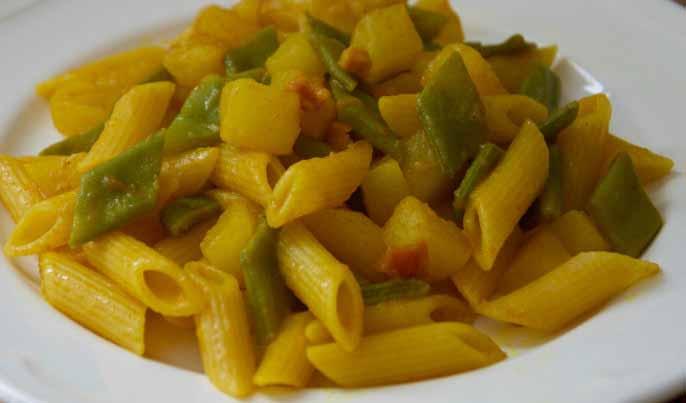 Pasta con Zucchine e Taccole