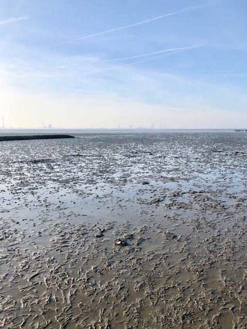Nordsee mit Blick auf Wilhelmshaven