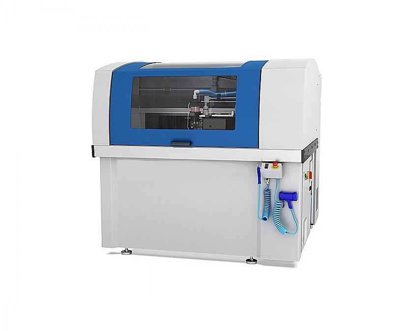 Découpe jet d'eau CNC compacte