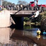 Un auto cae a un arroyo y mueren tres ocupantes en Paraguarí