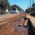 Vecinos urgen al MOPC reparar peligrosas banquinas en la ruta Luque-Areguá