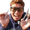 オニちゃん山本訓弘が愛用中のバス釣り関連の便利系グッズ「アイテムバッグⅢ」「R-シザーズ」「R-プライヤー」を動画で紹介