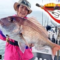 【二枚貝を捕食しているマダイにイガイと効果的?!】田中亜衣「ビンビンスイッチ」の使い所