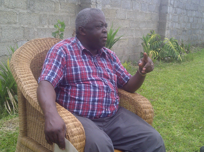 Major Kachingwe at his residence