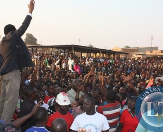 HH addressing a public rally at muzomba