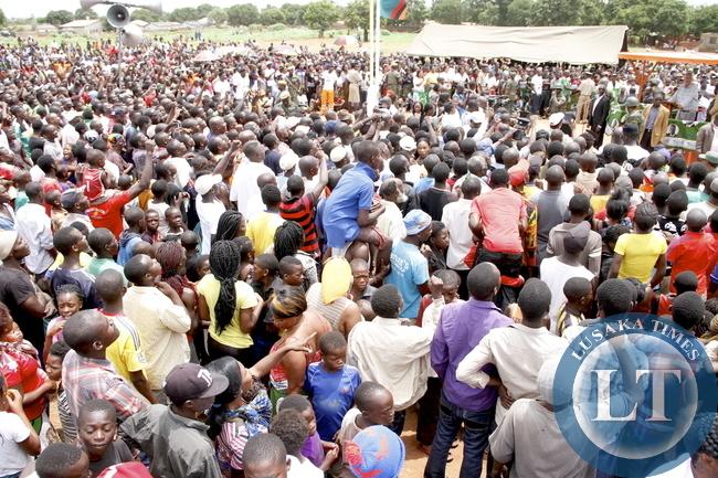 Dr Scott Addresses A rally in Mushili for Edgar