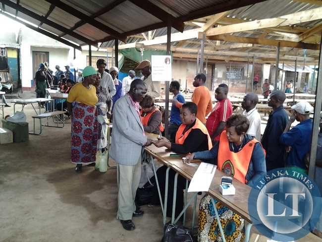 Voters voting for the new Republican president at Kaumbwe Polling station in Chipata