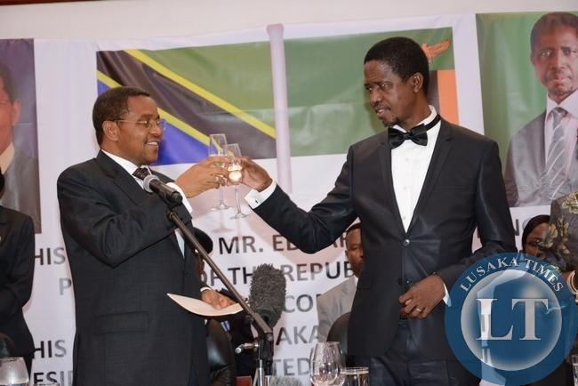 -President Edgar Lungu Toast with Tanzanian President Jakaya Kikwete during the state banquet at Pamodzi