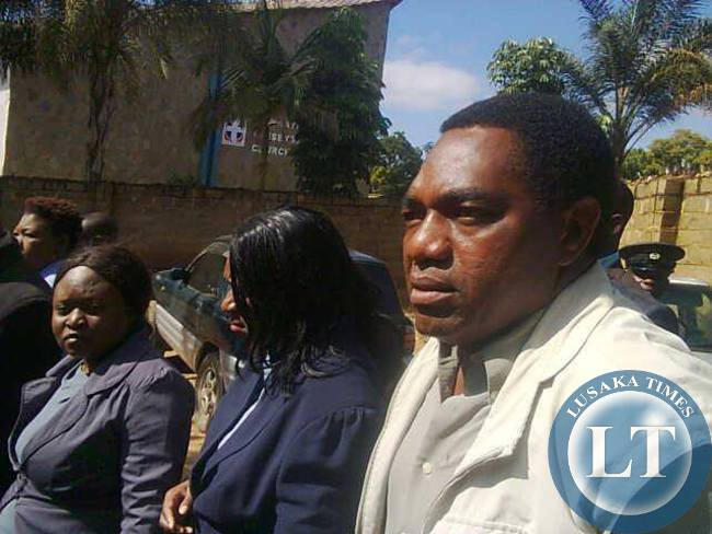 UPND president Hakainde Hichilema arrives at Kabwata Police Station for questioning