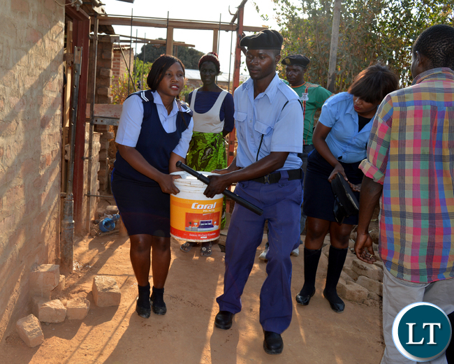 CHOMA Municipal Council officers confiscate alcohol from homes illegally operating as Shabeens in Chandamali Township