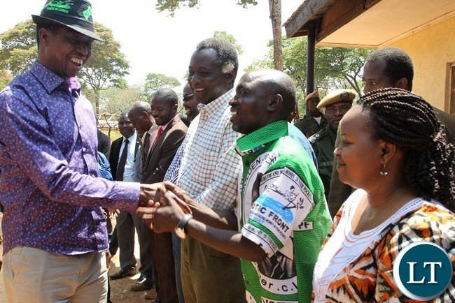 President Edgar Lungu is welcomed by Patriotic Front Candidate for Solwezi West, Martín Mbaya before the rally.