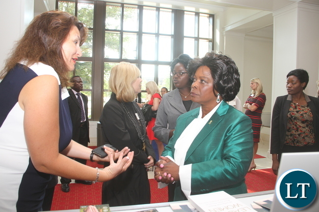 First Lady Esther Lungu talks to Jamie Trussell after attending  the First Ladies roundtable : improving maternal and Child Health  conference in Africa in Dallas , Texas  on Monday, September 21,2015  -Picture by THOMAS NSAMA