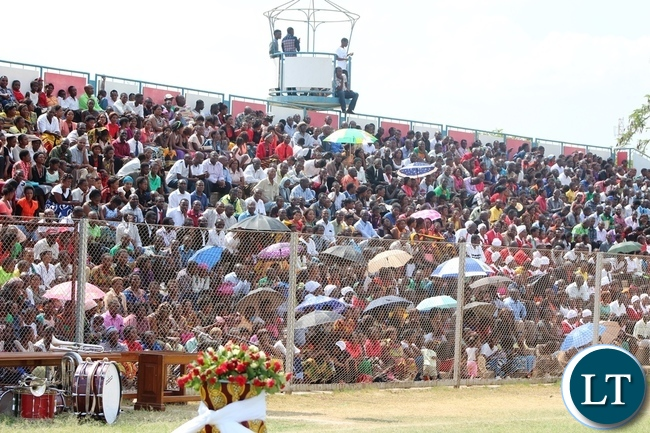 Kabwe residents turned up in numbers to participate in the day of National prayers at Ucar Chitalu stadium