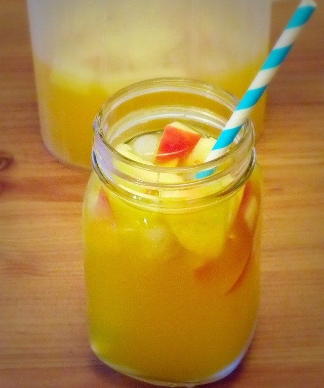 mango cocktail.jpg 2