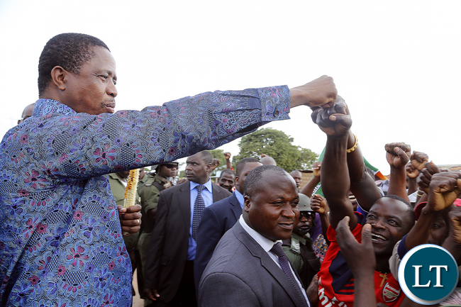 President Edgar Chagwa Lungu greets supporters at Baluba Road Side Market on Ndola - Kitwe Dual High Waythe First Family stopped over to Meet Traders and Exchanges Views 16-01-2016, PICTURE BY EDDIE MWANALEZA/STATEHOUSE