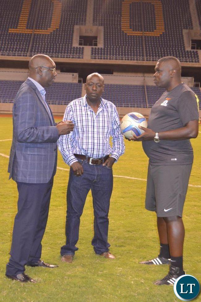 Andrew Kamanga talking to Coach Lwandamina