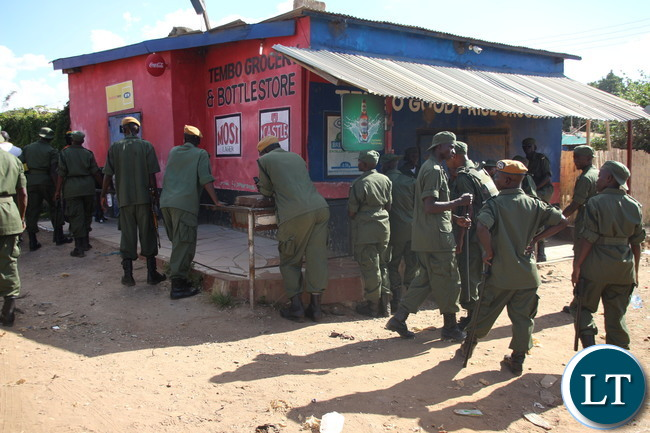 Police intervention in stopping looting foreigners owed shops in Lusaka Zingalume, George, Matero, Chingwere areas