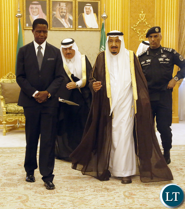 President Edgar Lungu with the King Sulman Abdullaziz Al Saud after officials talks  at Royal Court Alsalam the Palace on Tuesday- PICTURE  BY EDDIE MWANALEZA/STATEHOUSE