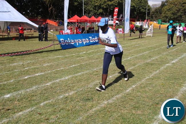 Walk Race leading Participant