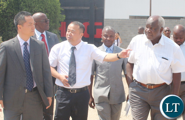 From left to right: Guest of Honour Chinese embassy counsellor Out Yang Bing, Higer Buses Zambia LTd General Manager Wu Ming, Public private drivers association President Josiah Majuru and RDA board member Panji Kaunda.