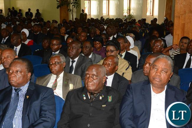 First Republican President Kenneth Kaunda (c) Fourth Republican President Rupiah Banda (r) and former Vice President Enock Kavindele (l) at the Funeral Church Service of the late former Deputy speaker of Parliament Mukondo Lungu at UCZ saint Andrews