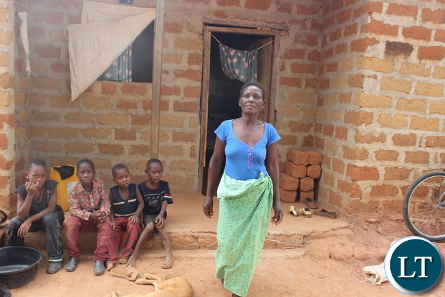 Ireen at her house within the Meheba L.I. Resettlement Scheme. UNHCR/K.shimo