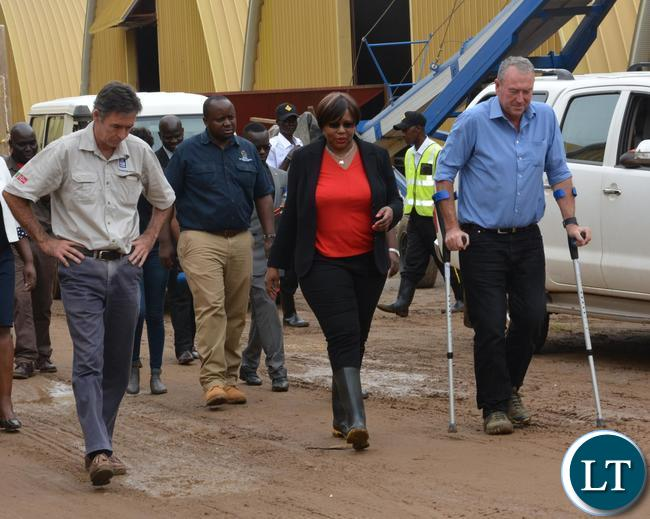 Minister of Agriculture Dora Silaya(c),Coventry Hawke Coventry Managing Director Chris Hawke(r) and his Broker Colin Fletcher(l) during the tour of the Grain Storage Solution