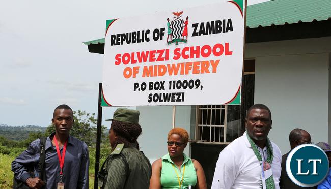 resident Lungu Tour Solwezi Midwifrey school