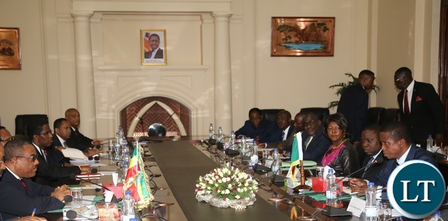 President Edgar Lungu and his delegation (r) in a meeting t with His Ethiopian Counterpart Prime Minister Hailemariam Dessalagn and his delegation at State House during the meeting