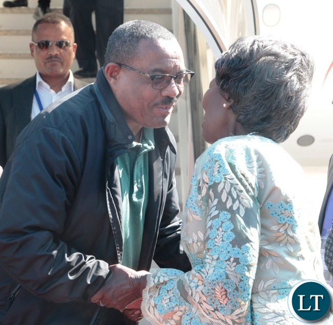 Vice- President Inonge Mwina welcomes Ethiopian Prime Minister,Hailemariam Dessalengn at Harry Mwanga Nkumbula International