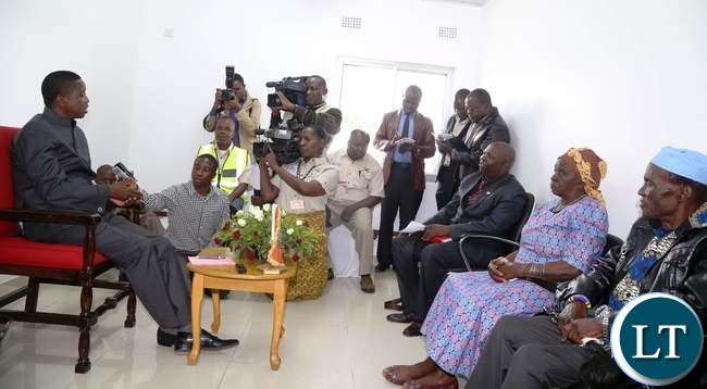 President Edgar Lungu speaking to Chief Chimuka (third from r), Chieftiness Mungule(c) and Chief Liteta (r) shortly before Commissioning the Katuba Toll Plaza in Katuba
