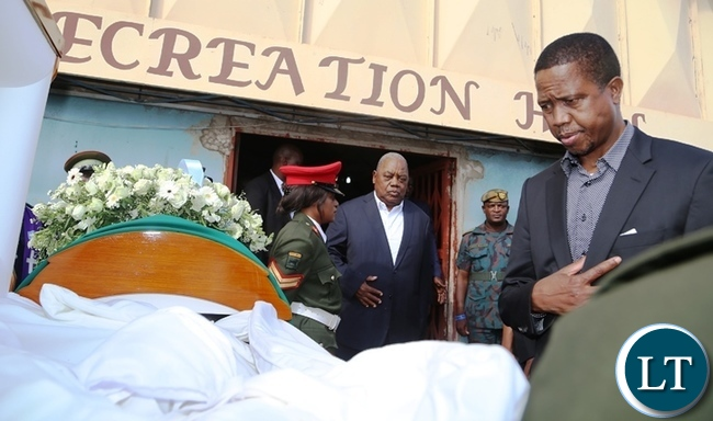 President Edgar Lungu viewing the body of  late  former freedom fighter Salome Kapwepwe in Chinsali. Picture by SUNDAY BWALYA /ZANIS.