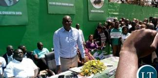 PF S.G Davies Mwila addressing party cadres from Eastern Provincecalling for the removal of Felix Mutati at the party secretariat.