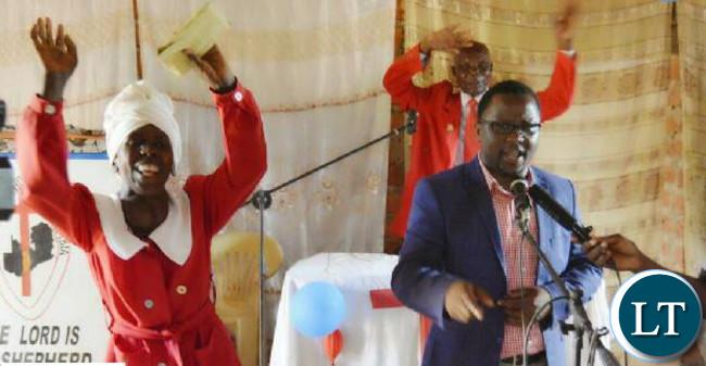 Presidential Empowerment Fund Patron, Chanda Kabwe anouncing the K10 000 donation