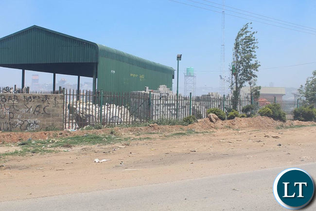 The Zambia Environmental Management Agency on Monday swung into action and removed scavengers operating from the Chunga dump site in Lusaka.  Officials from ZEMA and a team of stakeholders and security personnel moved in to halt waste picking and scavenging from the Chunga disposal site which is the designated waste disposal site for Lusaka City.