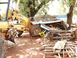 Business came to a standstill in Kasama today when a team of Council officers and state security swung into action and demolished all makeshifts in the central business area in a bid to prevent the outbreak of cholera. Independence road after the demolition exercise. -Picture by Mary Bwembya (ZANIS).